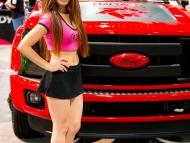 2013-sema-models-003